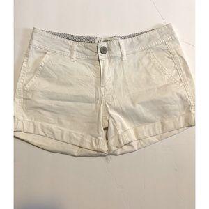 NWOT Aeropostale Midi Twill Shorts Size 4